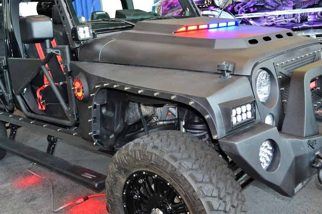 How to Mount Light Bar on Roof without Drilling